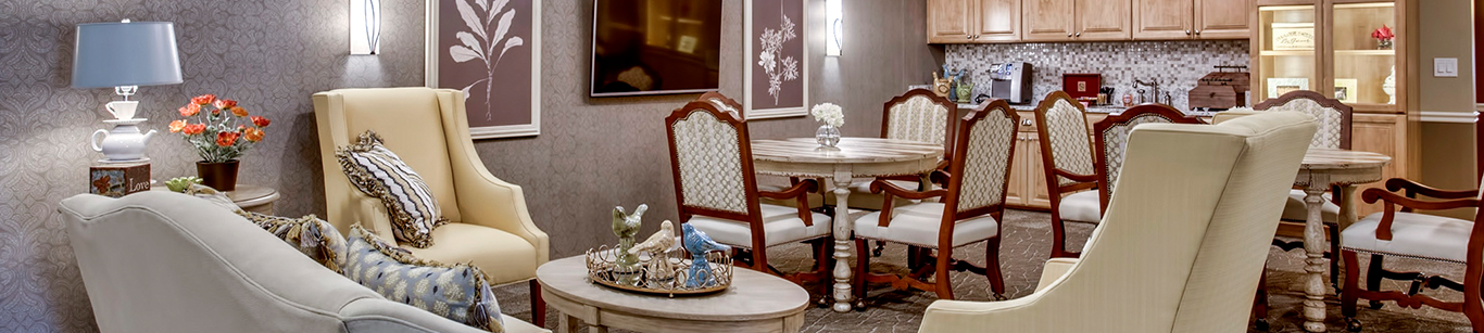 An image of Evergreen Place's sitting and dining area.