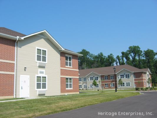 Exterior image of buildings | Evergreen Place - Alton, Illinois