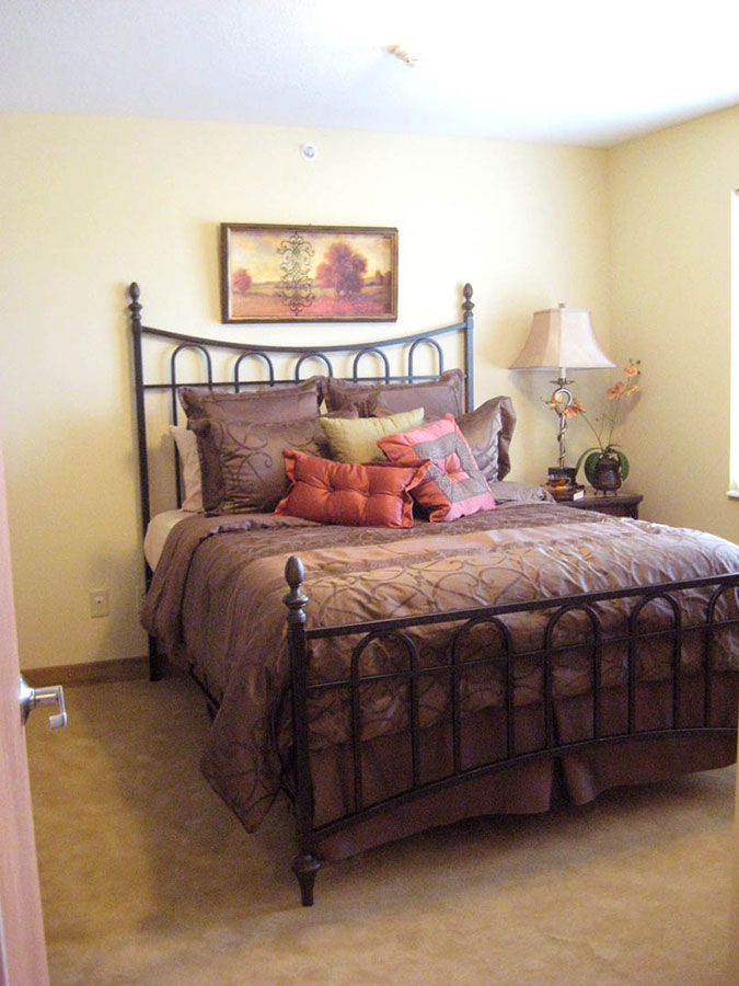 Bedroom | Castle Manor - Lincoln, Illinois