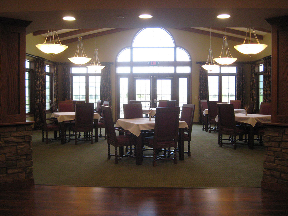 Eating Area | Castle Manor - Lincoln, Illinois