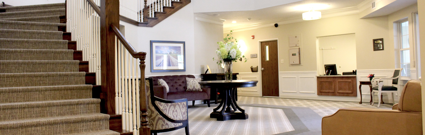 Indoor Sitting Area | Normal, Illinois | Evergreen Place Assisted Living